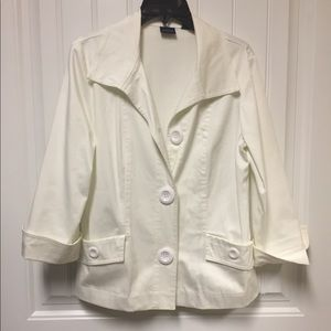 Versatile off white jacket.